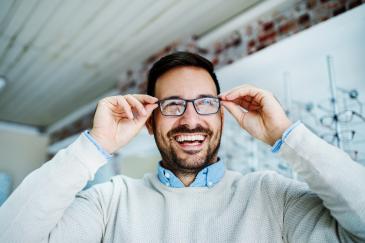 Brillengläser spielend sauber
